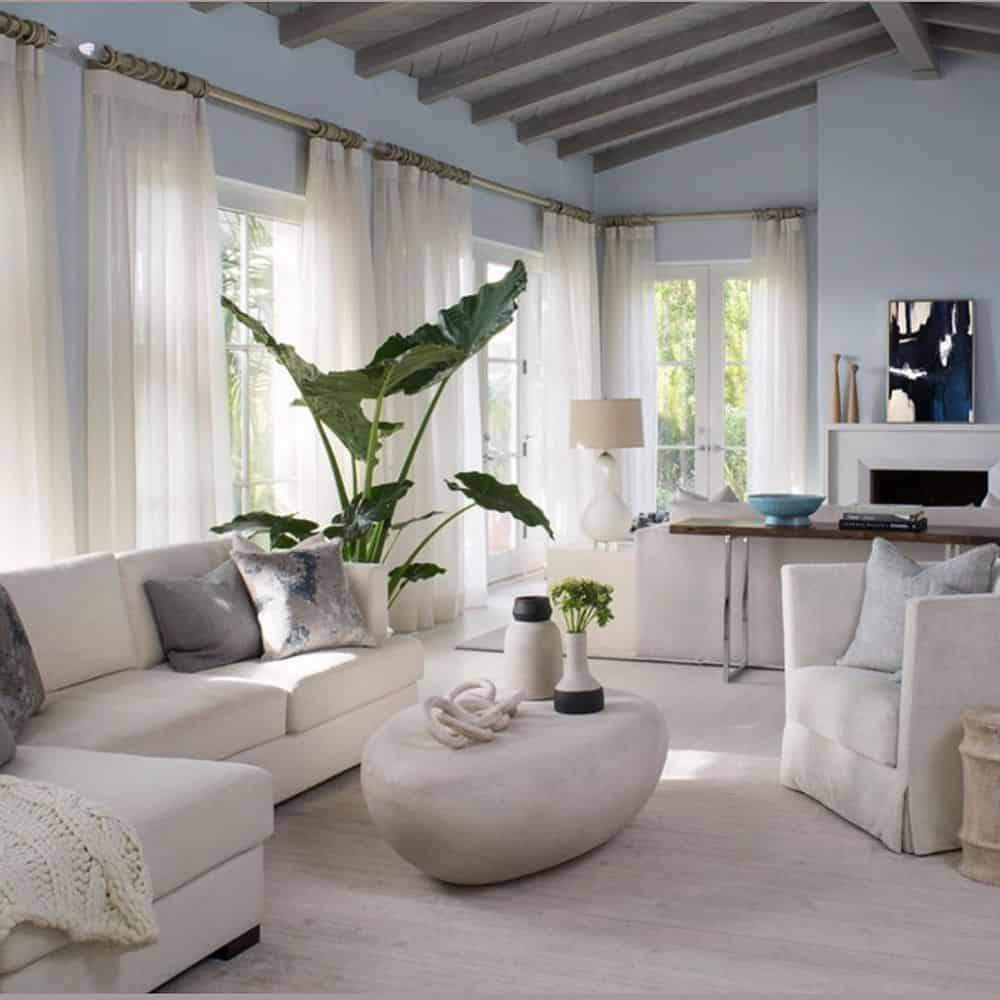 As living room must be relaxing, it is important that you use a neutral color scheme in your living room. Check out this article on which neutral color to use for your living room for inspirations. #livingroom #color #paint #neutralcolor