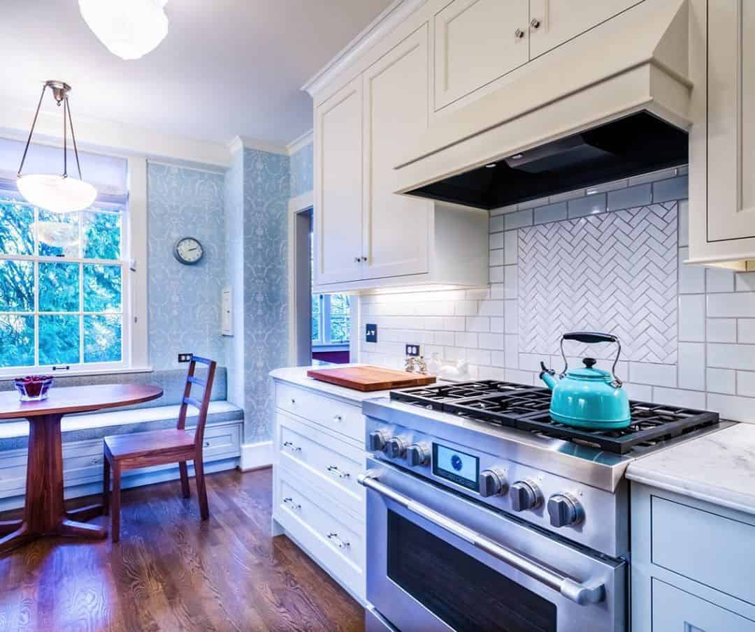 Ideas that can Offer Your Small Kitchen a Splendid Look - Patterned Wallpaper