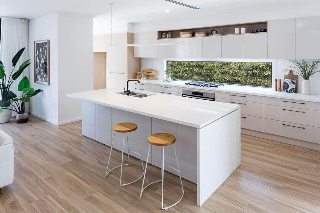 Ideas that can Offer Your Small Kitchen a Splendid Look - Luxurious Finishes
