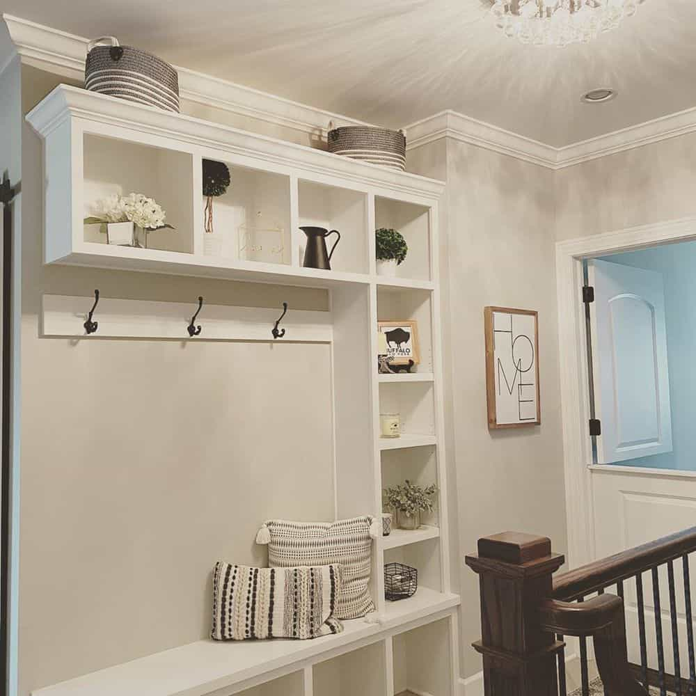 Worth Trying Mudroom Ideas for the House - Conventional Mudroom