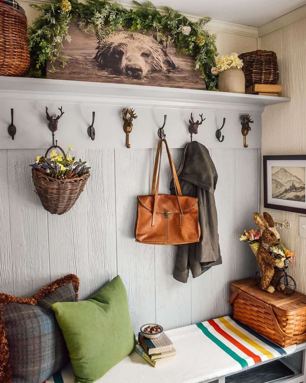 Worth Trying Mudroom Ideas for the House - Walls for Hats and Floors for Shoes