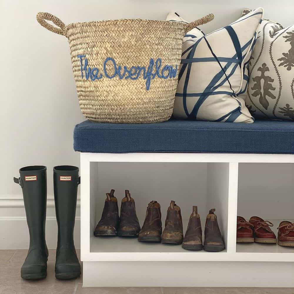 Worth Trying Mudroom Ideas for the House - Drawers with Seating