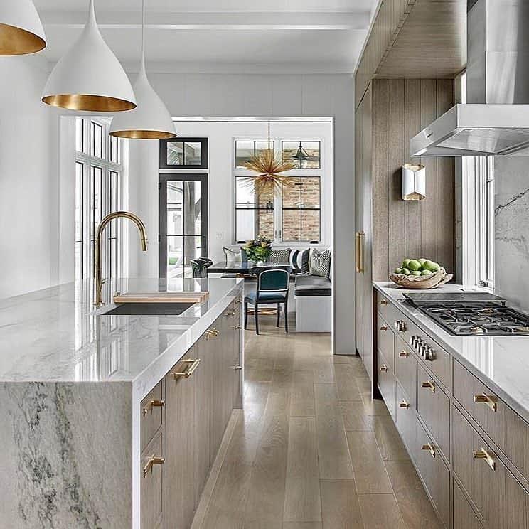 Great Kitchen Island Ideas For Your Inspiration - Minimalist Kitchen Island