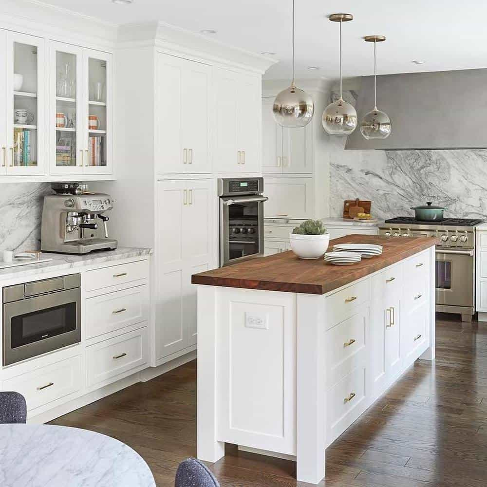 Great Kitchen Island Ideas For Your Inspiration - Classic White Island