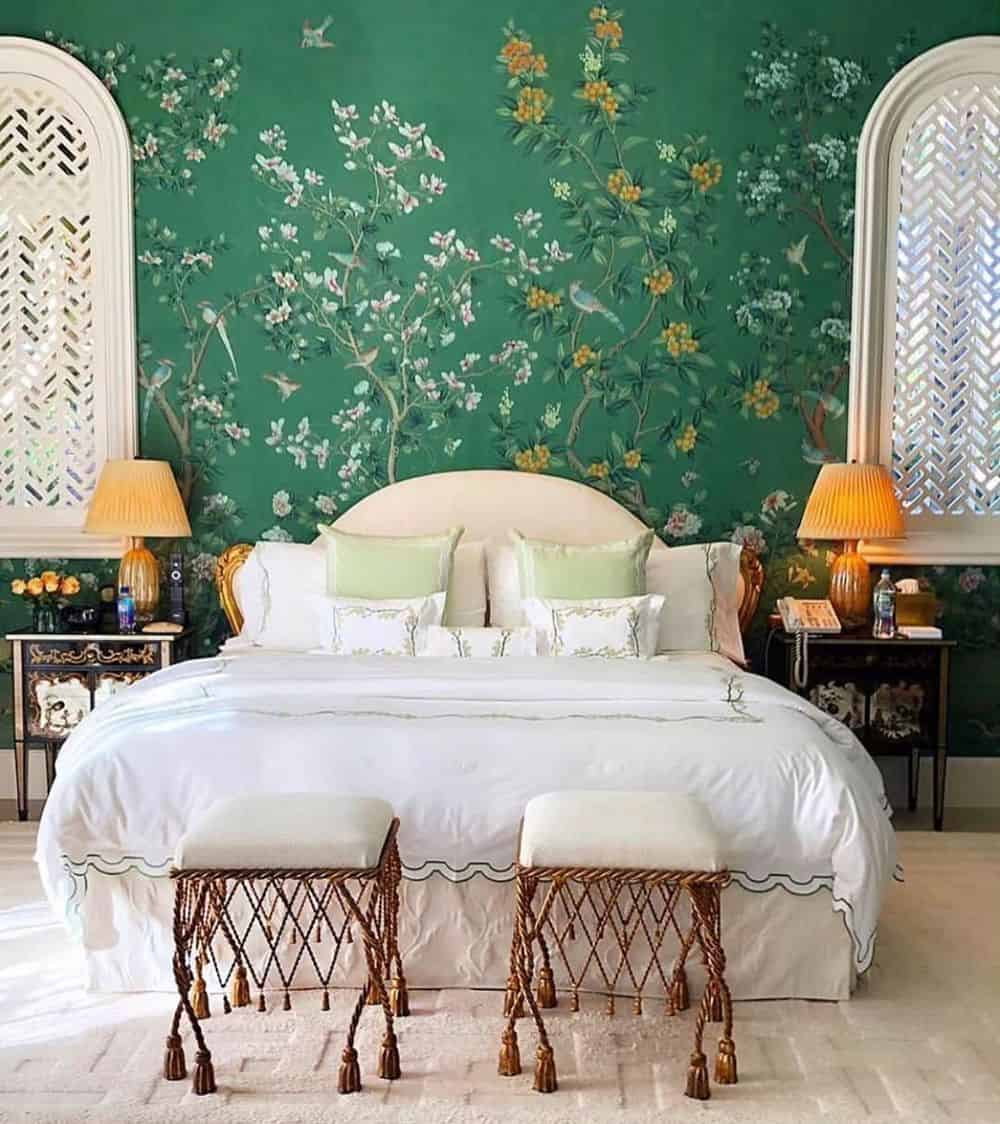 Remodeling Your Master Bedroom With Great Ideas - Plant Effects