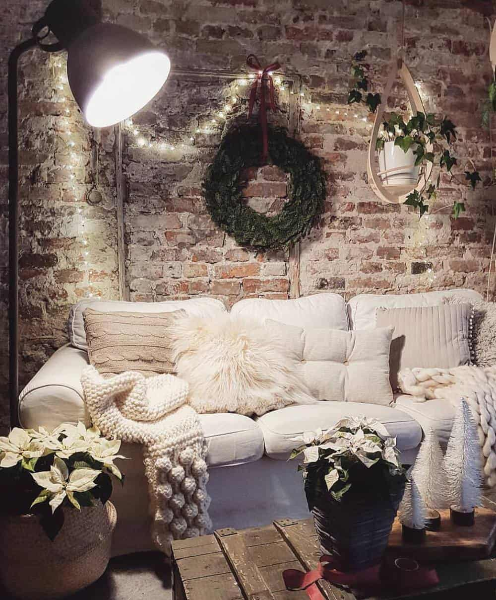 Decorate Your Living Room With These Inspiring Wall Ideas - Rustic Brick Wall