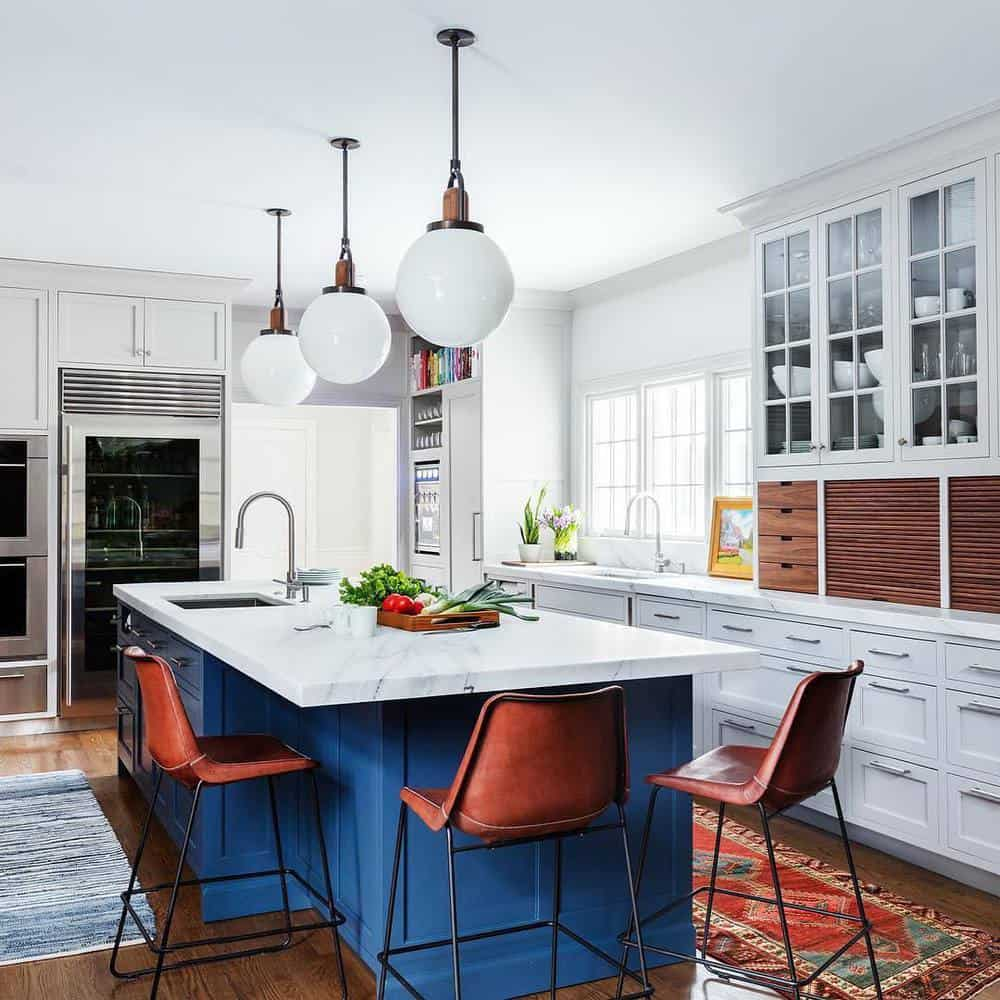 Best Ideas to Decorate Your Modern Country Kitchen -Add a lot of Cabinets for More Storage