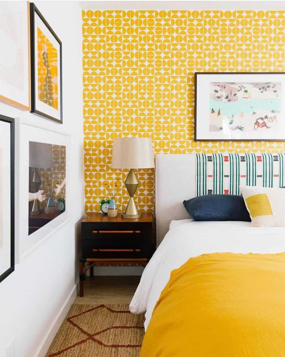 65 Amazing Small Bedroom Ideas to Create Space - Bold Colors Combinations
