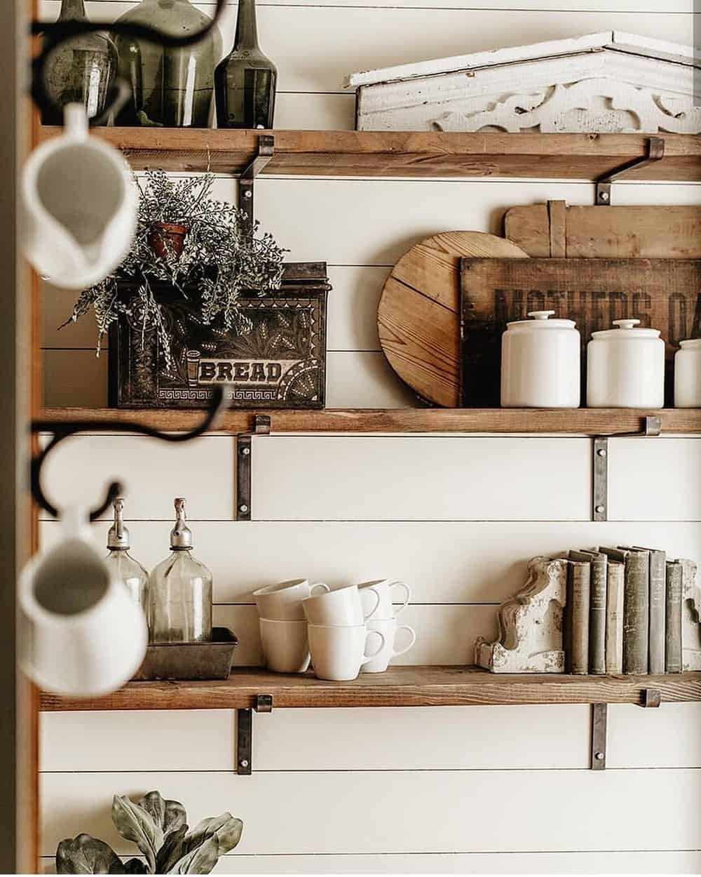 Decorate Your Living Room With These Inspiring Wall Ideas - The Wooden Ambience